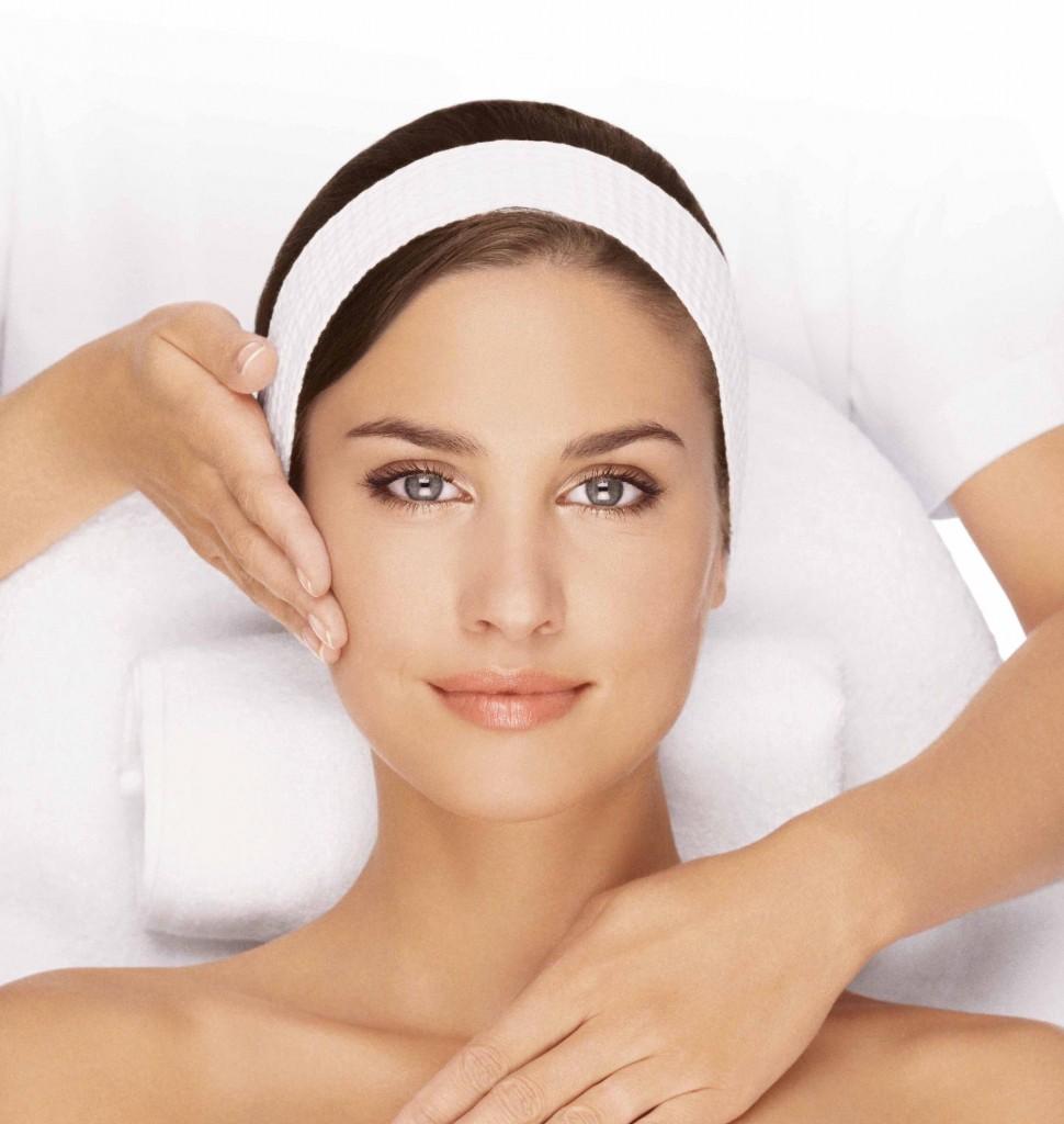 Tips Perawatan Wajah Yang Bagus dengan Madu | Tips Dokter ...