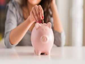 Tips Menyisihkan Gaji Bulanan