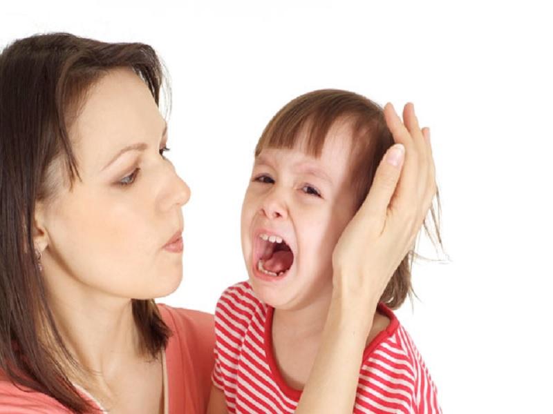 Tips Mendidik Anak yang Cengeng
