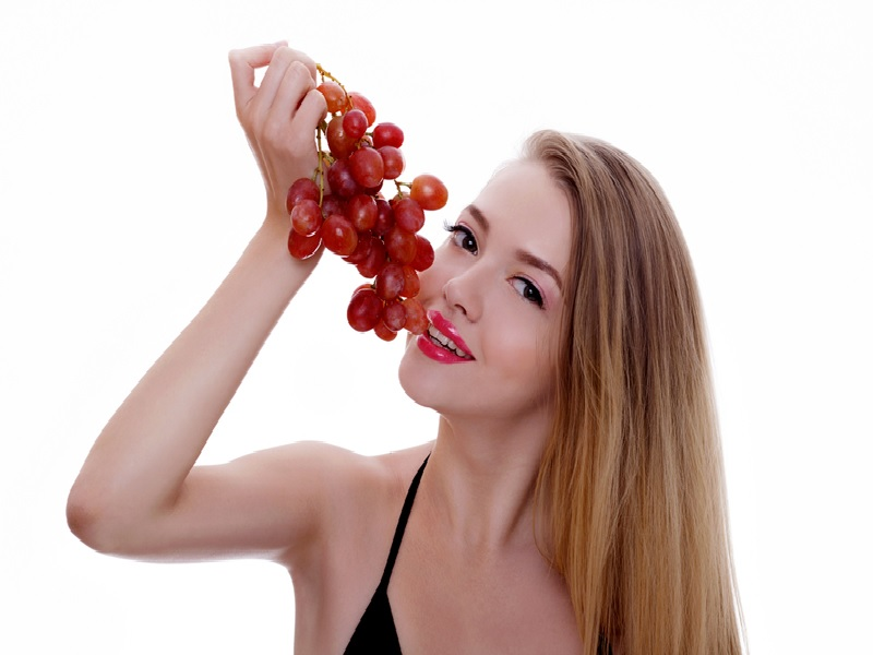 Rutin Makan Anggur Bantu Pertajam Ingatan